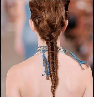 Модные косы фото 2011: вечерние и свадебные прически с косой, косы на...